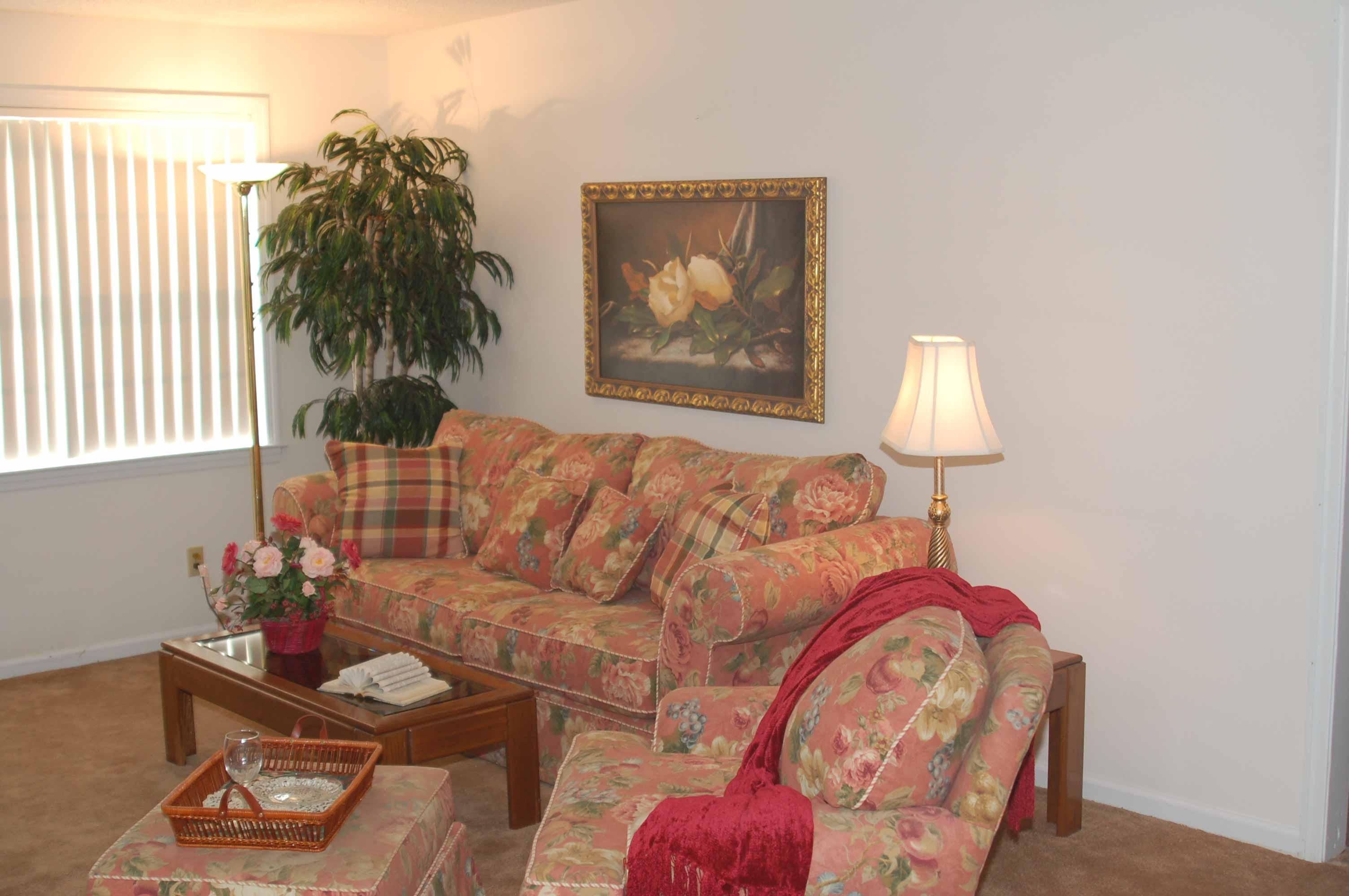Commodore Apartments Millington Tn